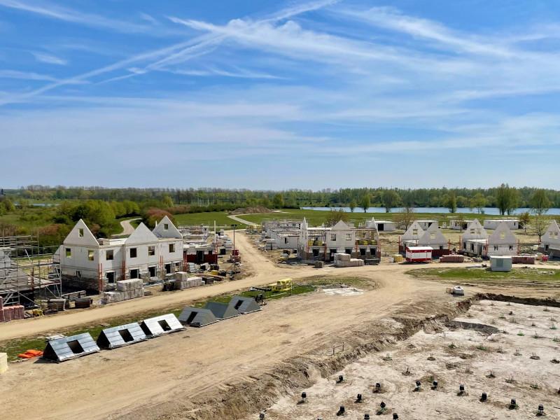 Voortgang bouw april - 15