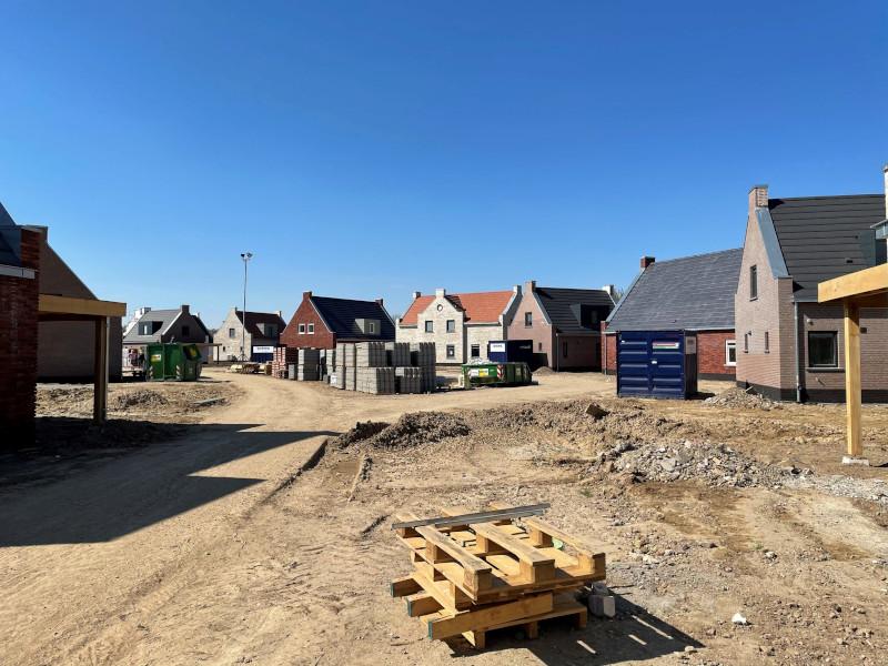 Voortgang bouw april - 16